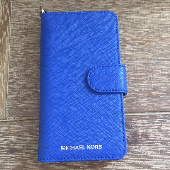 uk availability 7d523 3c996 Michael Kors Blue Leather Folio Iphone 7 case NWT